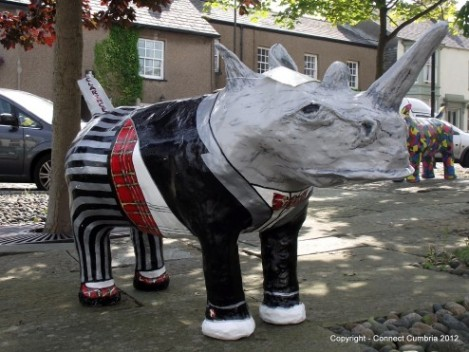 rhinos loose on the streets of Dalton
